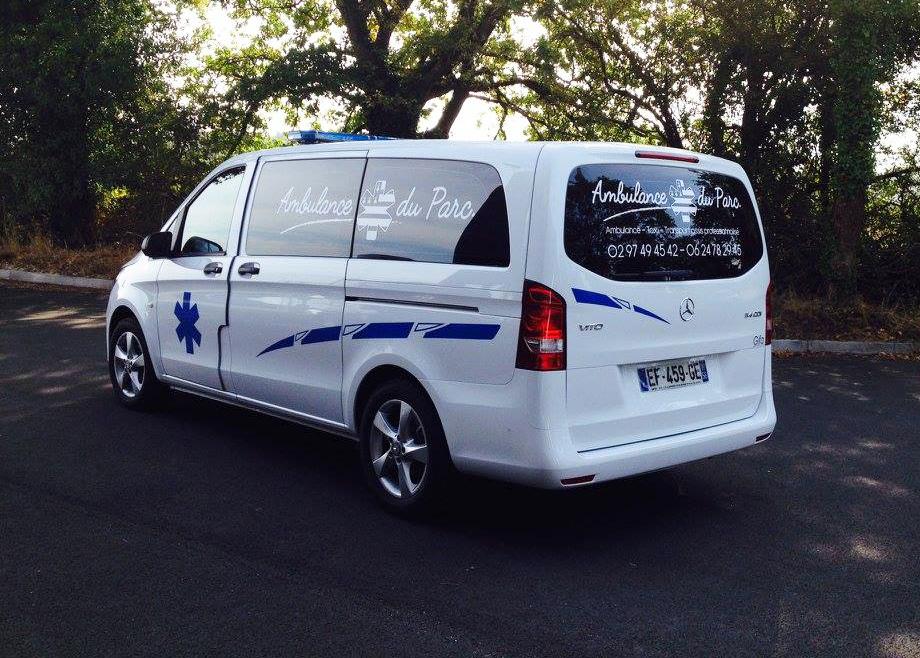 Flocage véhicule – Ambulance du Parc